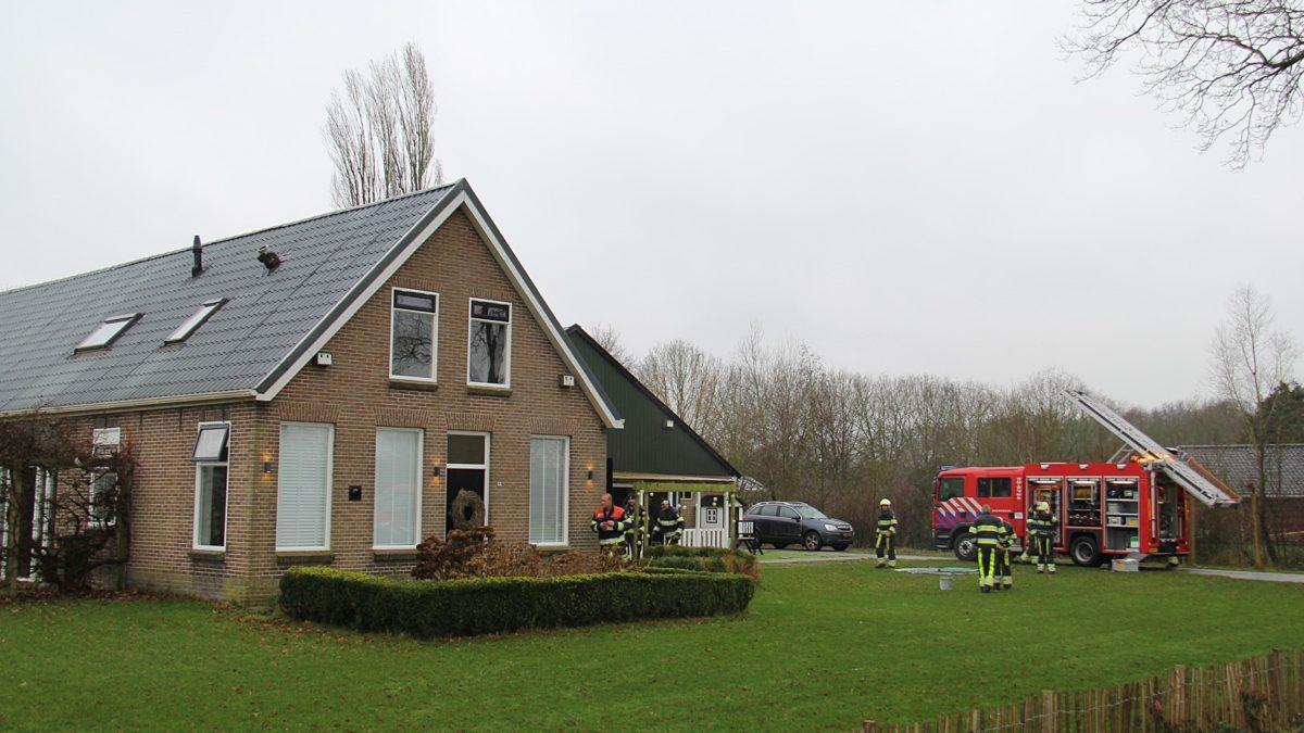 Schoorsteenbrand aan de Westvierdeparten in Steggerda