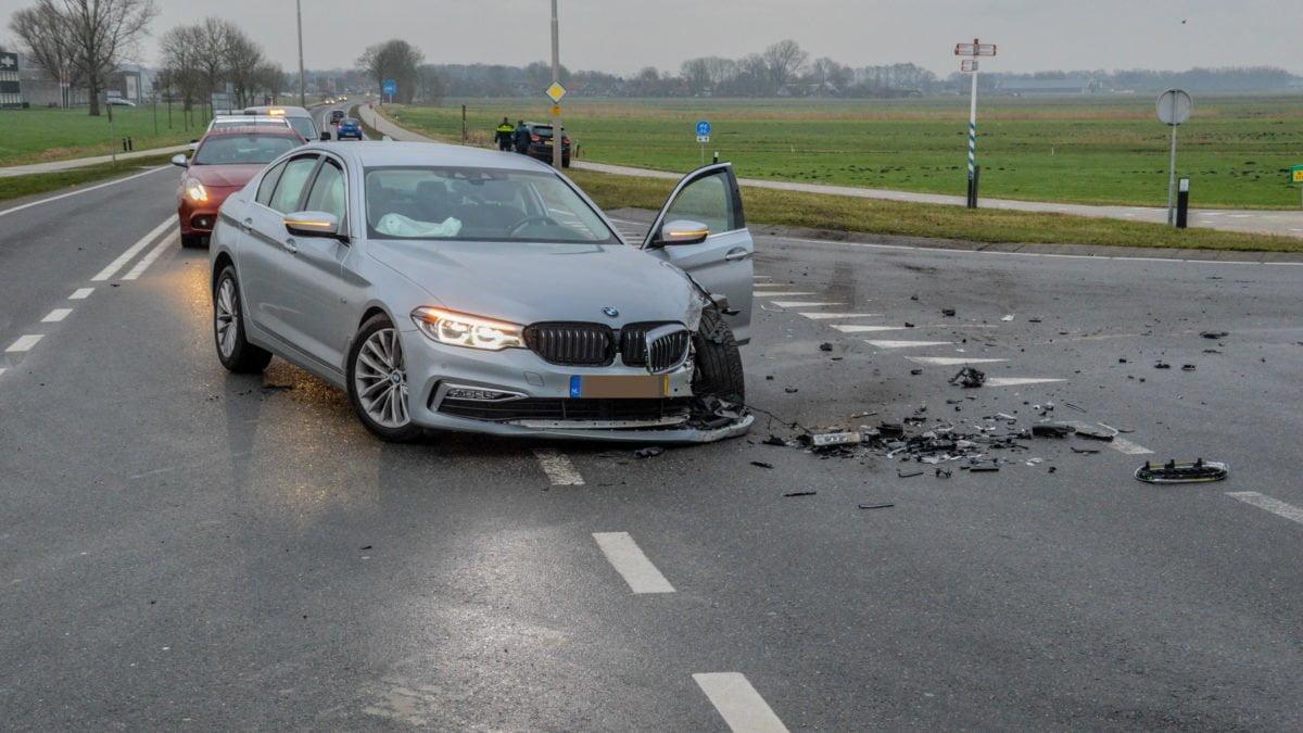 Gewonde bij ongeval op kruispunt Blokzijlseweg naar Giethoorn