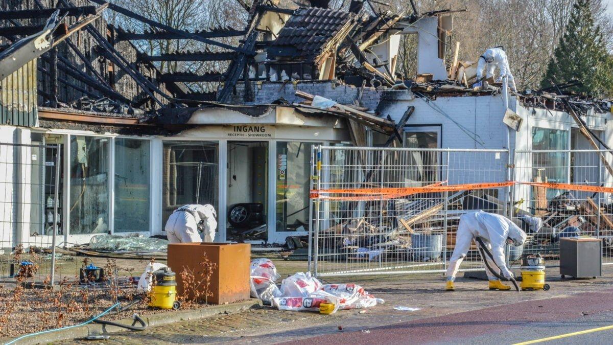Schoonmaken van asbest begonnen in Steenwijkerwold