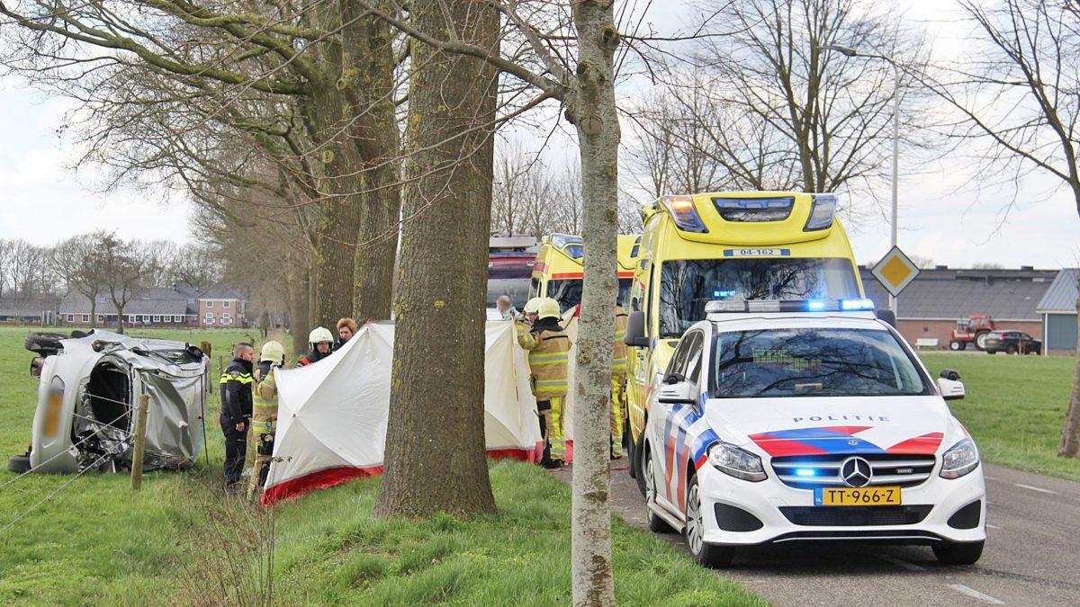 Ongeval door voorrangsfout op de Drafkistweg in Staphorst