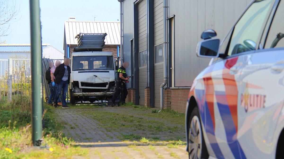 Hennepkwekerij opgerold op bedrijventerrein in Steenwijk
