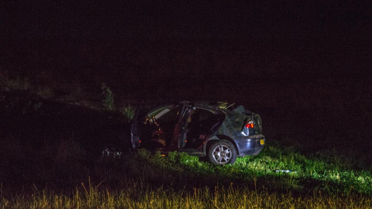 Twee gewonden bij eenzijdig ongeval op Zomerdijk