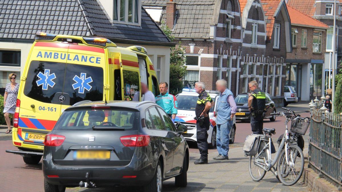 Vrouw gevallen met haar fiets op de Stationsstraat in Steenwijk