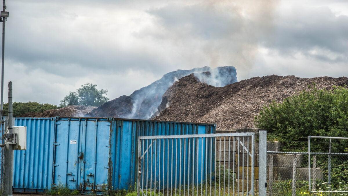 Brand door broei in houtsnippers aan Dolderweg