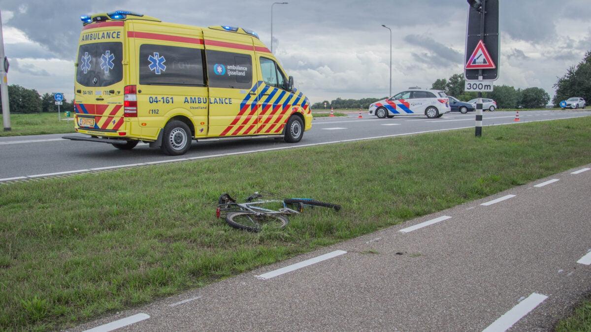 Fietser gewond na aanrijding op Blokzijlseweg bij Steenwijk