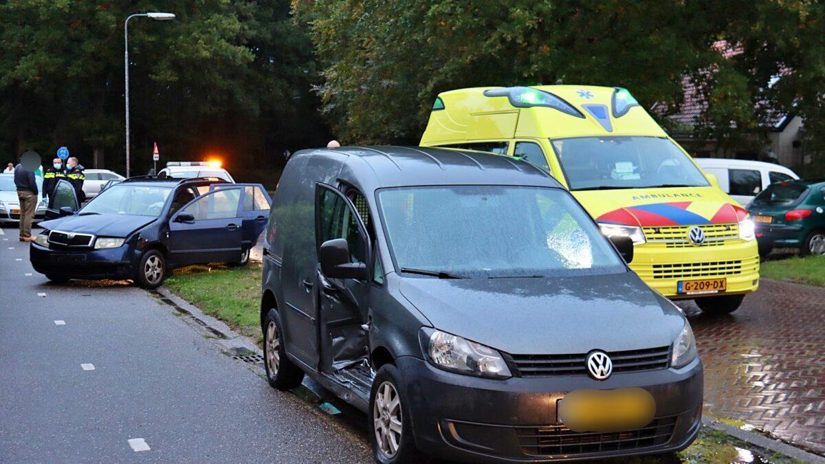 Keren op de weg leidt tot ongeval op de Ruiterweg in Uffelte
