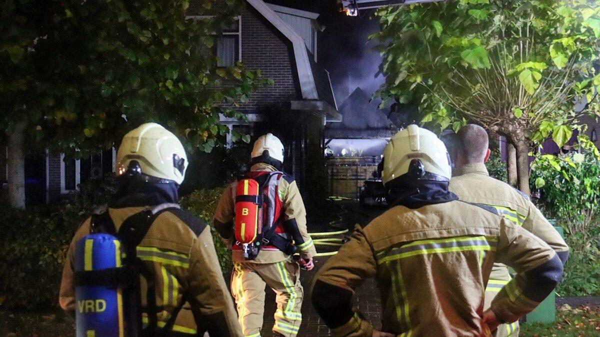 Schuur in brand aan de Westerstouwe in Meppel