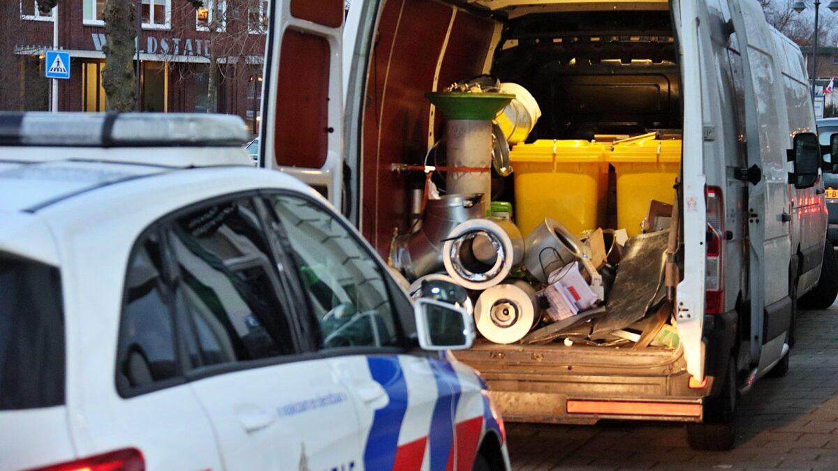 Hennepkwekerij opgerold aan de Kornputsingel in Steenwijk