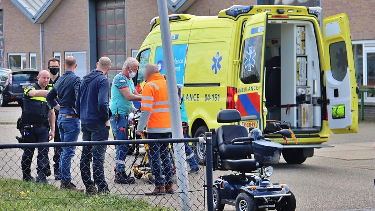 Vrouw van scootmobiel gevallen op de Doorloper in Steenwijk