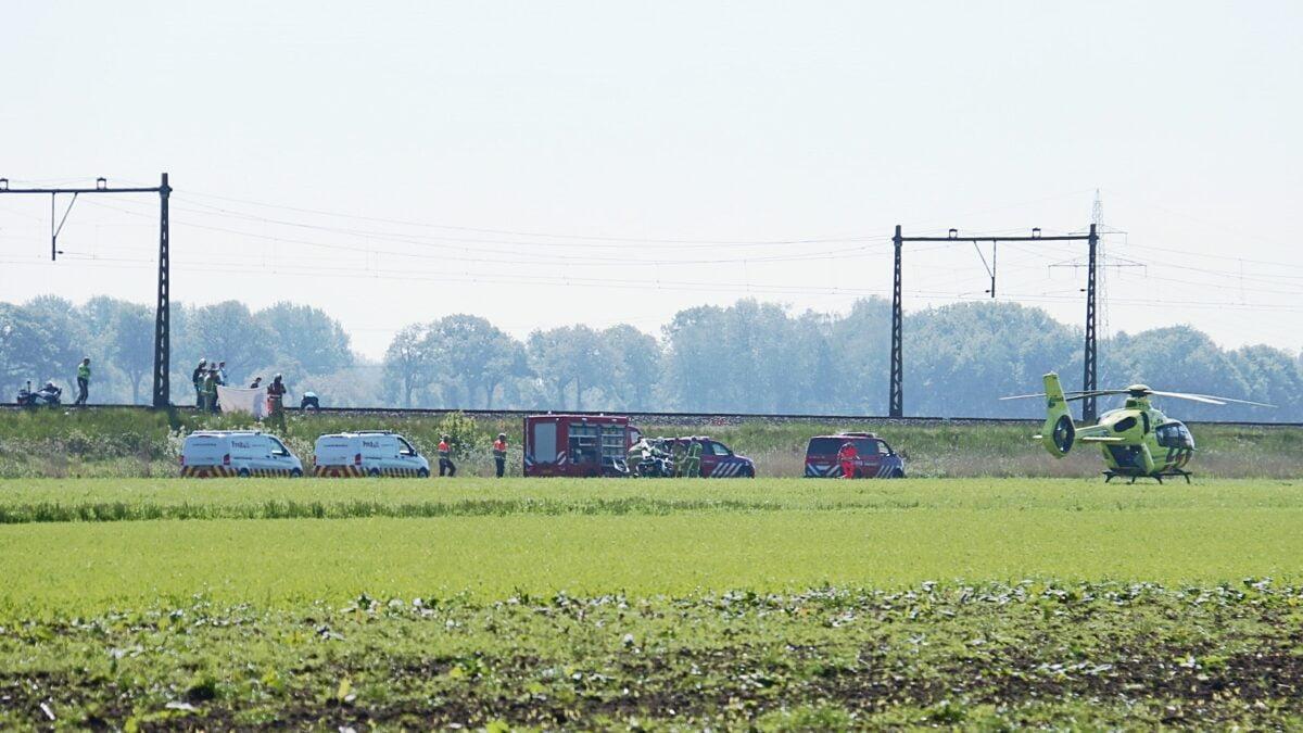 Treinverkeer tussen Meppel en Steenwijk ligt stil na aanrijding op het spoor