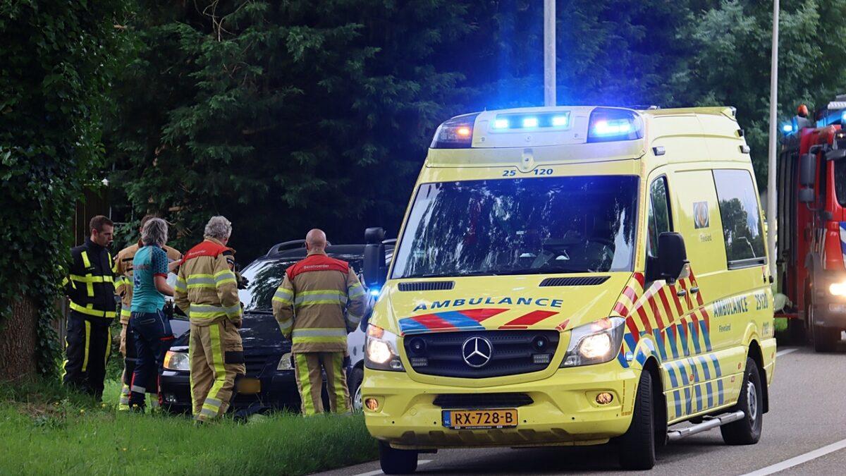 Brandweer Kuinre gealarmeerd voor verkeersongeval op de Slijkenburgerdijk