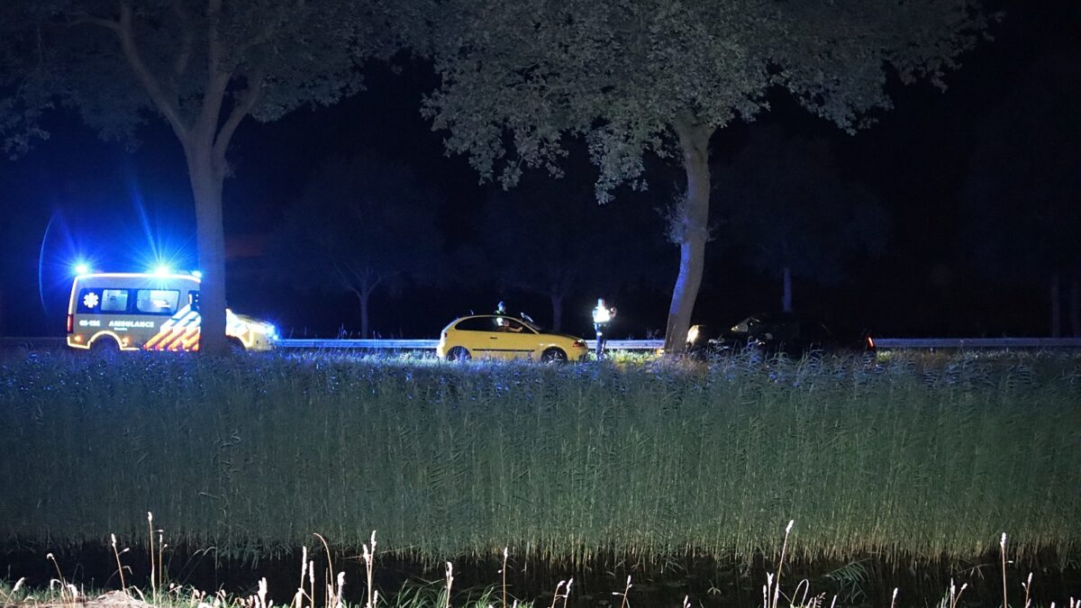 Automobilist gewond bij eenzijdig ongeval op de N371